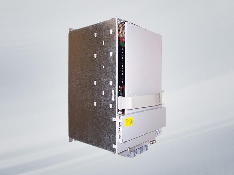 6SN1123-1AA00-0JA1 NEU / NEW Siemens SIMODRIVE 611 LEISTUNGSMODUL, 1-ACHS, 300 A